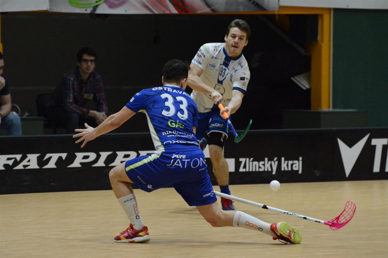 ec94138756bb0 3. zápas semifinále: 1.SC TEMPISH Vítkovice - FAT PIPE Florbal Chodov